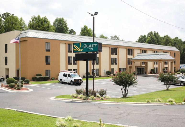 Quality Inn Fayetteville I-95, פאייטוויל, חזית המלון