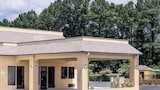Book this Free Breakfast Hotel in Biscoe