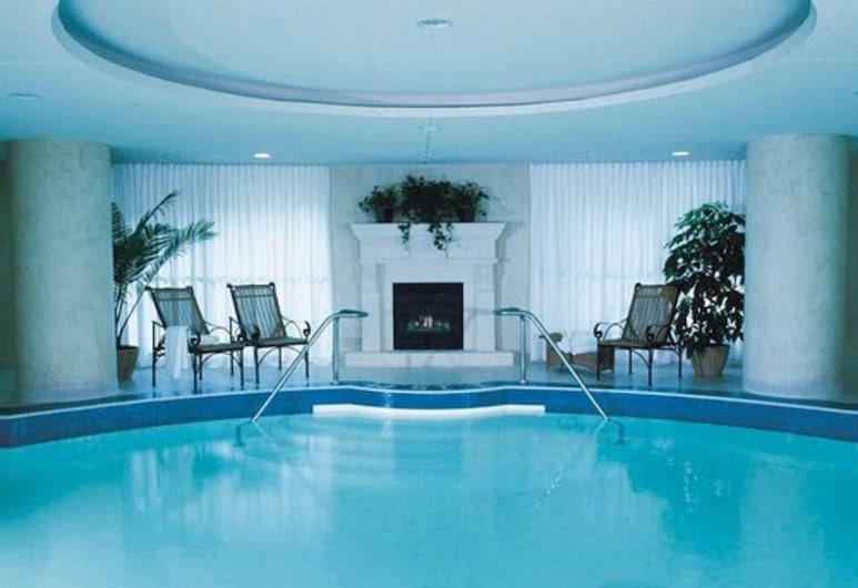 윈저 암스 호텔, 토론토, 실내 수영장