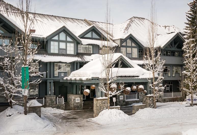 Glacier Lodge by Vacasa, Whistler, Parte delantera del hotel
