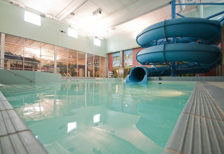 Canad Inns Destination Centre Fort Garry, Winnipeg, Indoor Pool