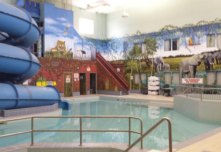 Canad Inns Destination Centre Fort Garry, Winnipeg, Children's Pool