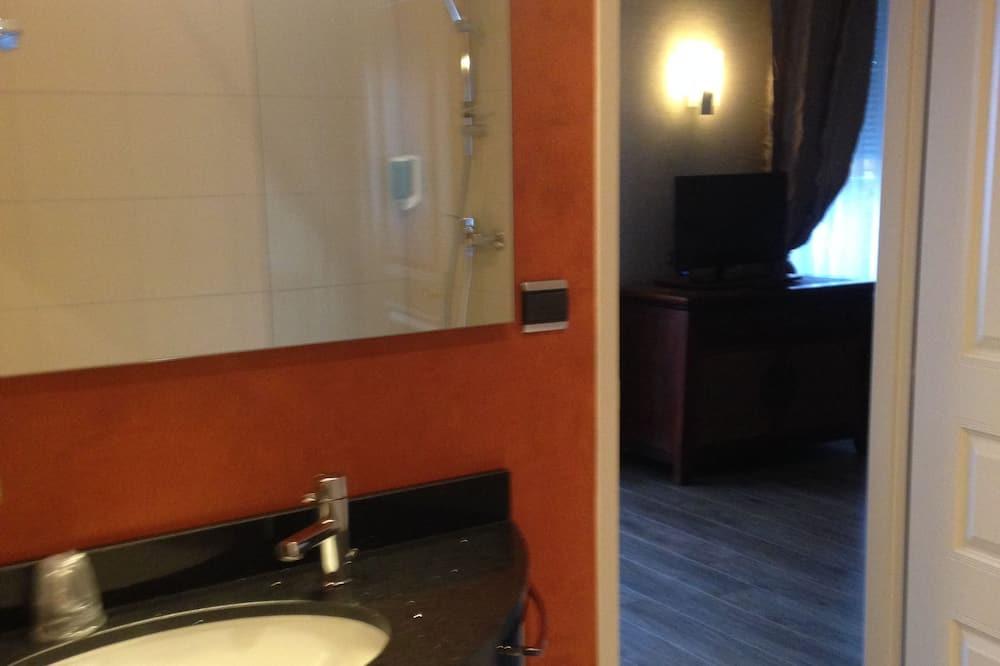 ห้องสวีท, เตียงคิงไซส์ 1 เตียง - ห้องน้ำ