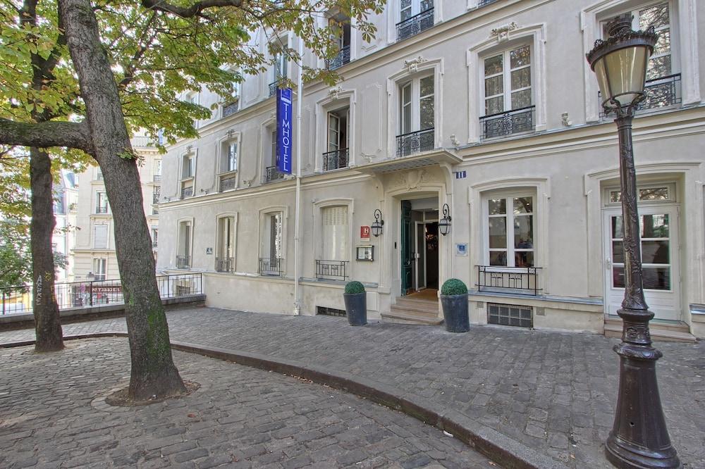 Book Timhotel Montmartre In Paris
