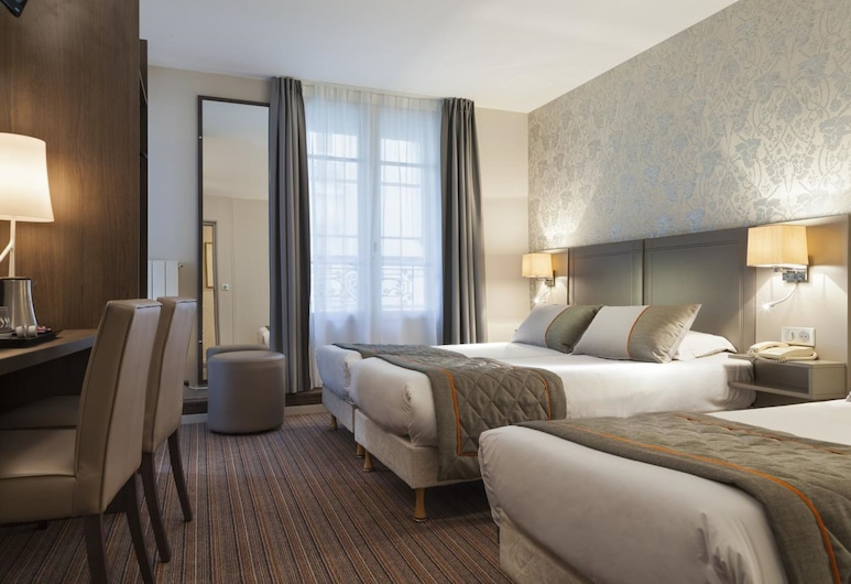Timhotel Montmartre, Paris, Superior Triple Room, Guest Room