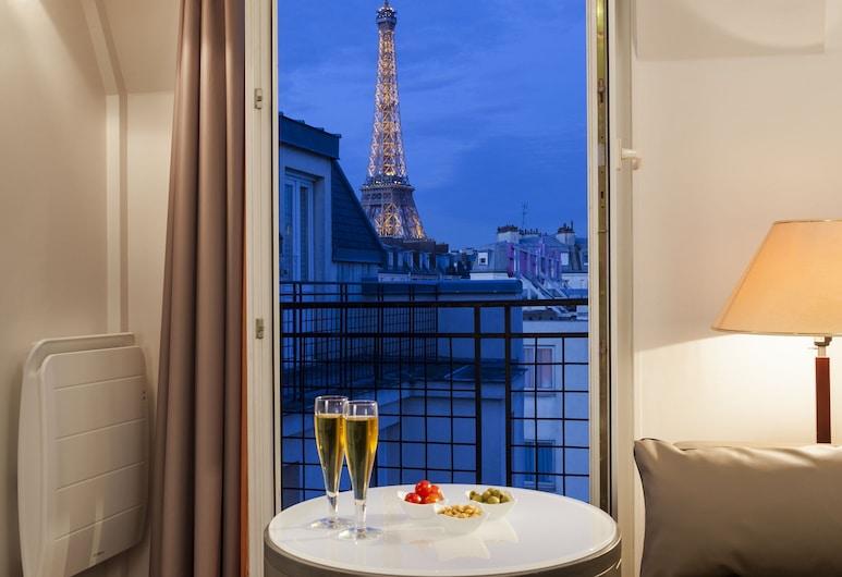 Timhotel Tour Eiffel, Paris, Guest Room View
