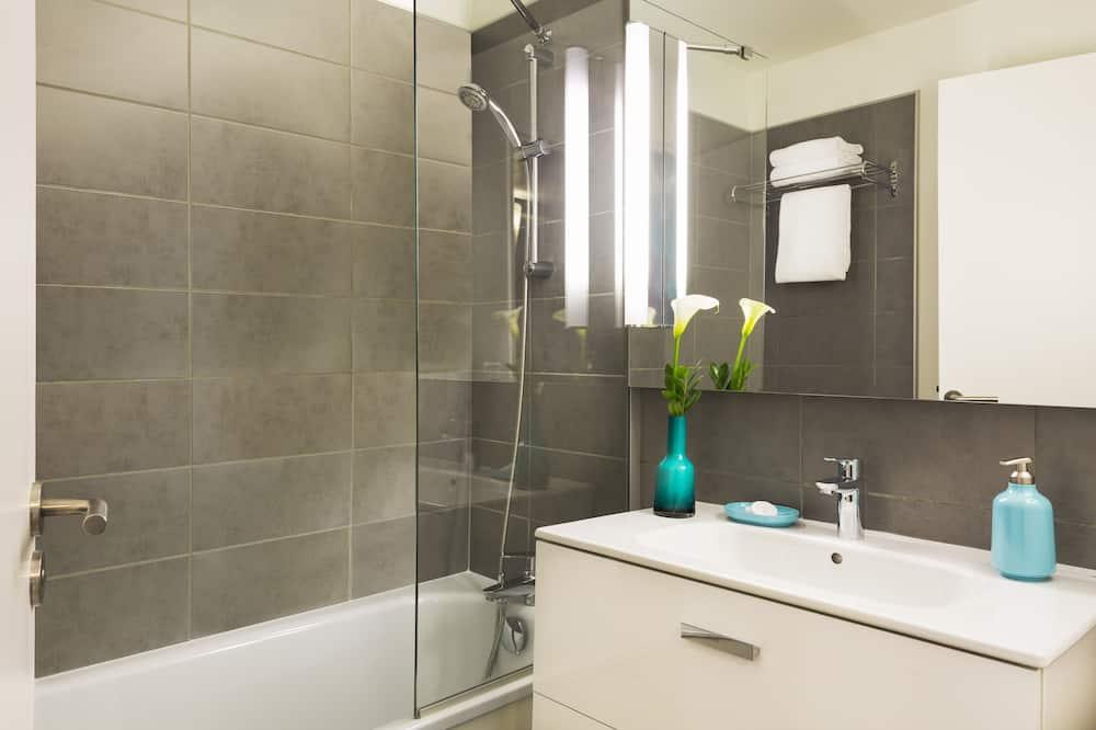 Studio Deluxe - Phòng tắm