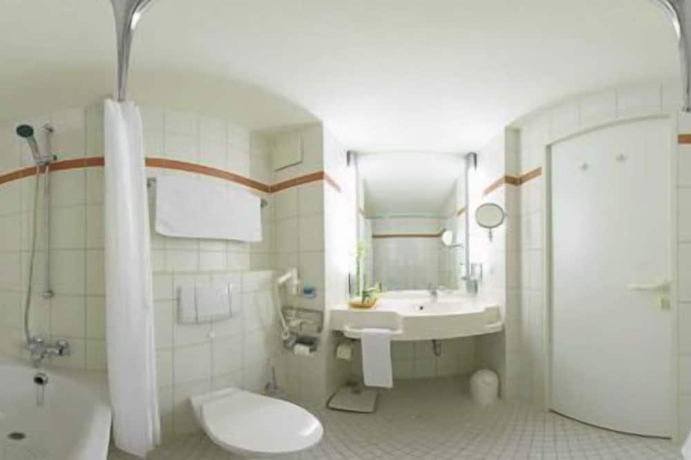 Standard Tek Kişilik Oda, 1 Büyük (Queen) Boy Yatak - Banyo