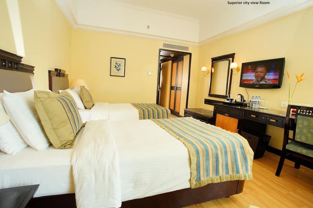 Habitación superior, 2 camas individuales, vista al mar - Vista al agua