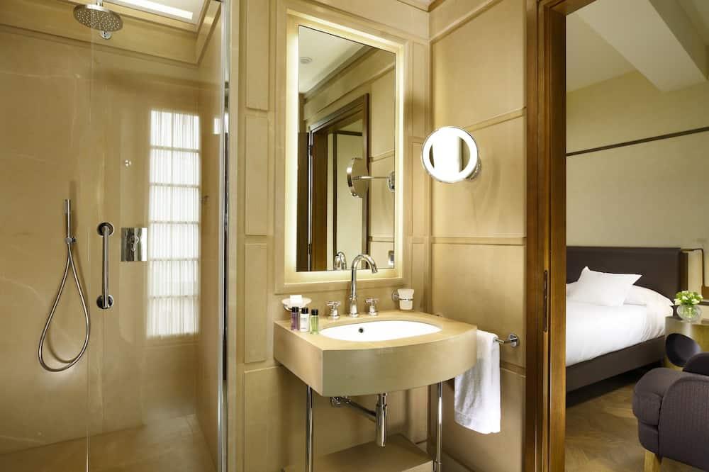Kamar Triple Superior - Kamar mandi