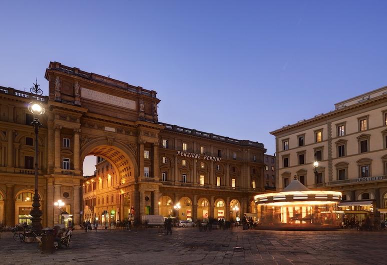 Hotel Pendini, Firenze, Facciata hotel (sera/notte)