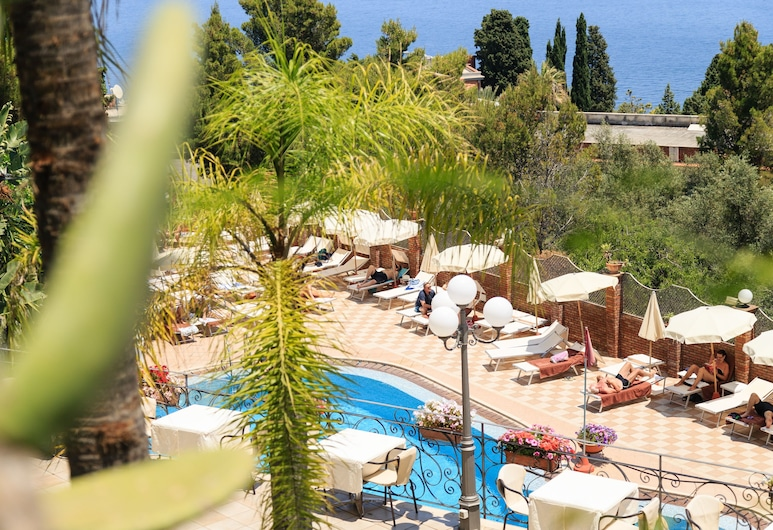 Hotel Ariston & Palazzo Santa Caterina, Taormina, Terrace/Patio
