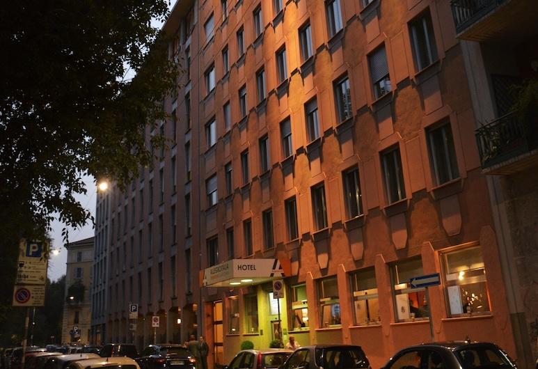 Allegroitalia Espresso Darsena, Milano, Facciata hotel (sera/notte)