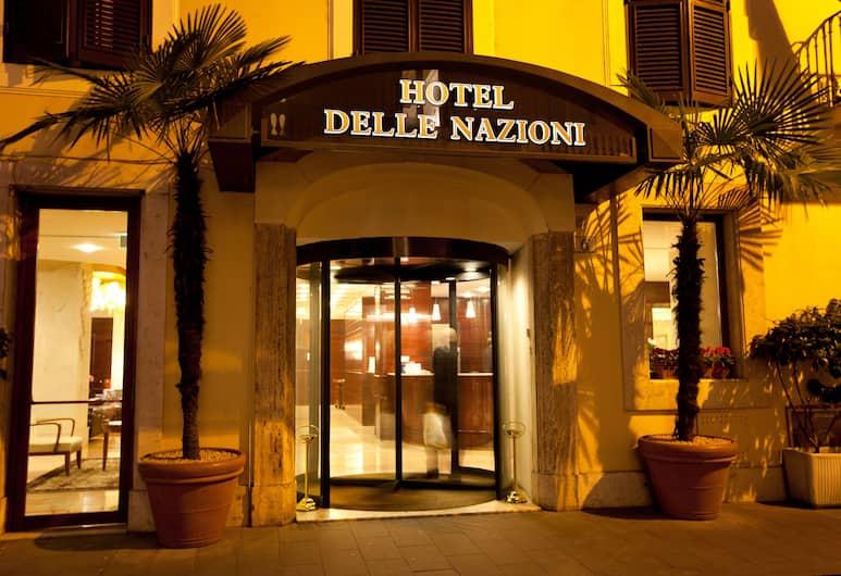 Hotel Delle Nazioni, Rome, Façade de l'hôtel
