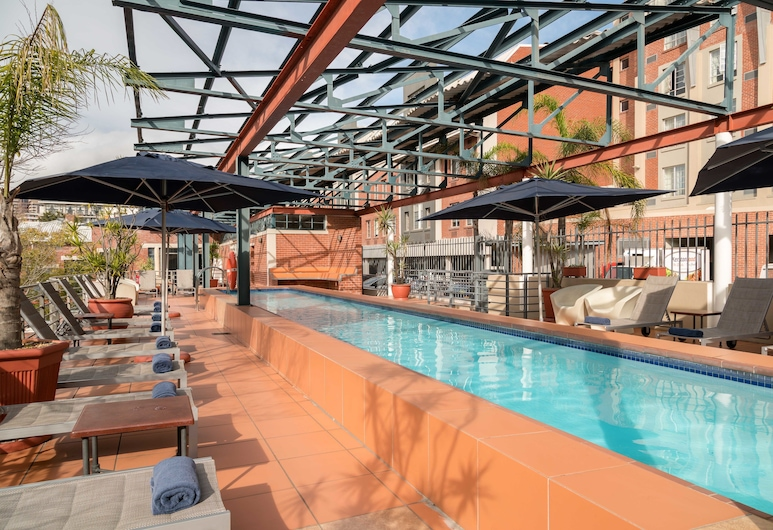 Protea Hotel by Marriott Cape Town Victoria Junction, Cape Town, Pool