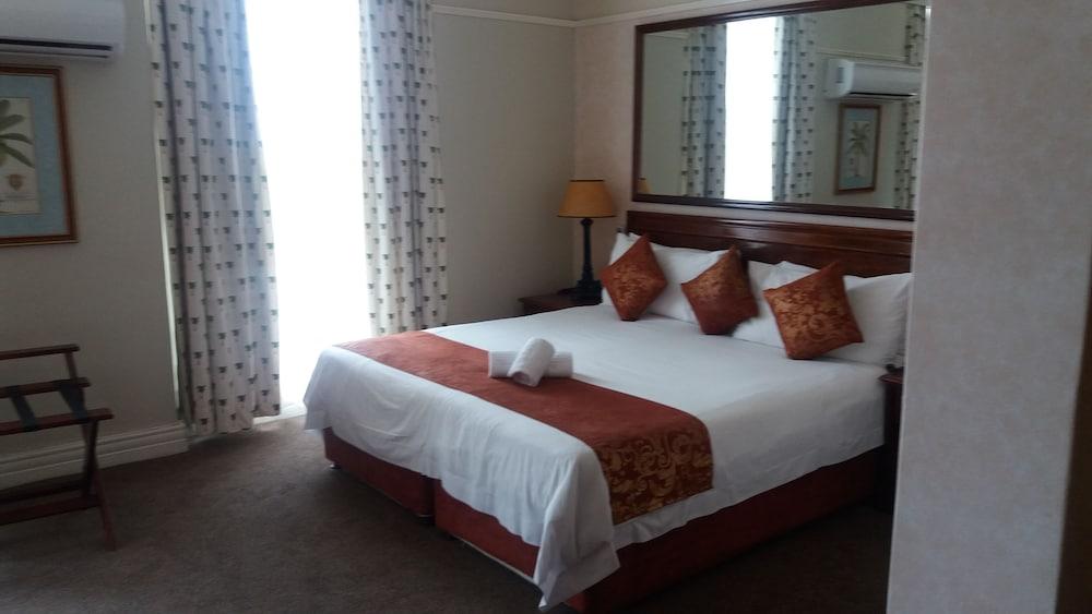 The balmoral hotel 4 star durban beachfront