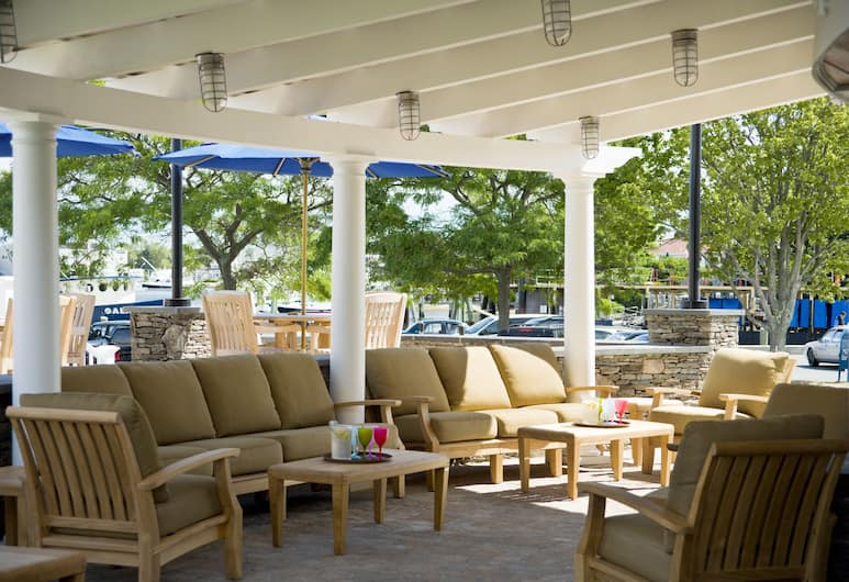 Hyannis Harbor Hotel, Hyannis, Terassi/patio