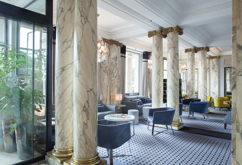 Hotel Brighton, Paris, Sitteområde i lobbyen