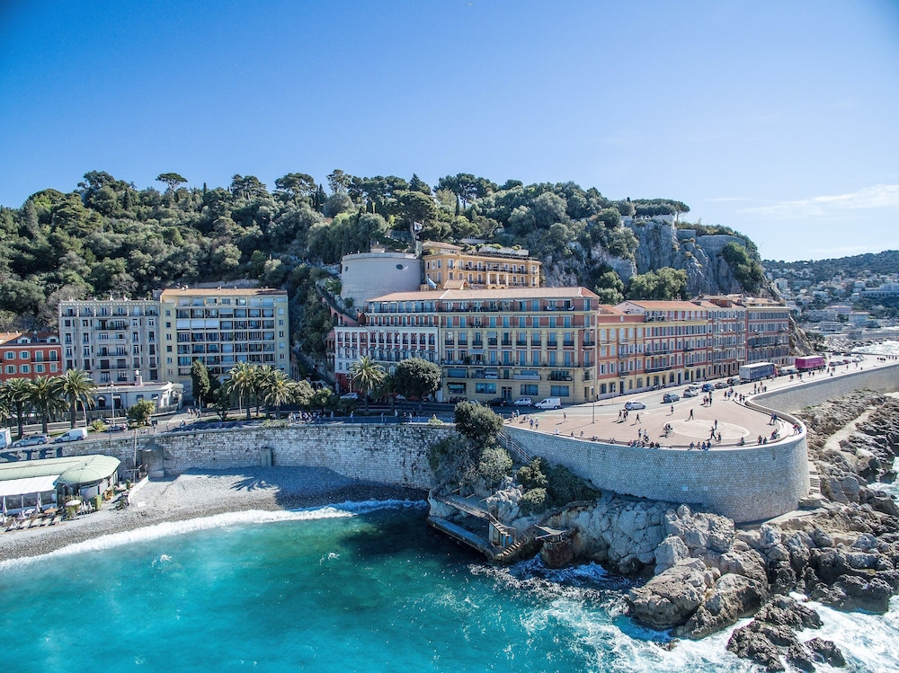 Book h tel suisse in nice for Designhotel nizza