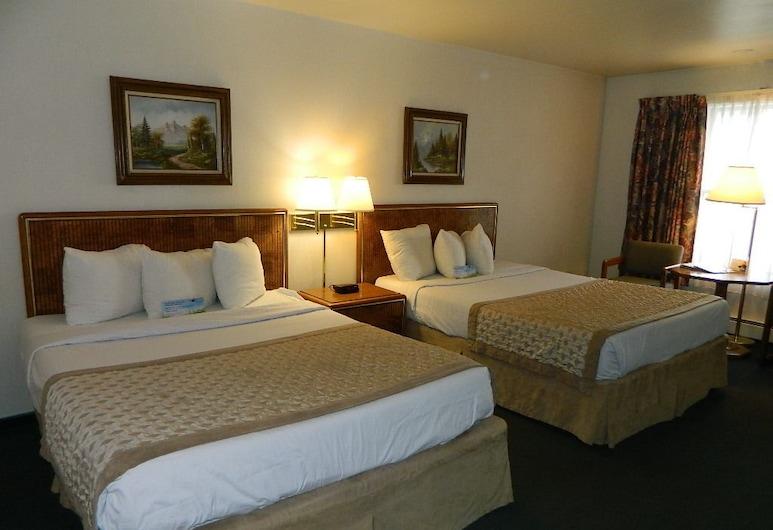 Days Inn by Wyndham Durango, Durango, Standarta numurs, 2 divguļamās karalienes gultas, mikroviļņu krāsns, Viesu numurs