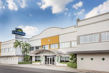 Foto di Days Inn by Wyndham Miami Airport North a Miami Springs
