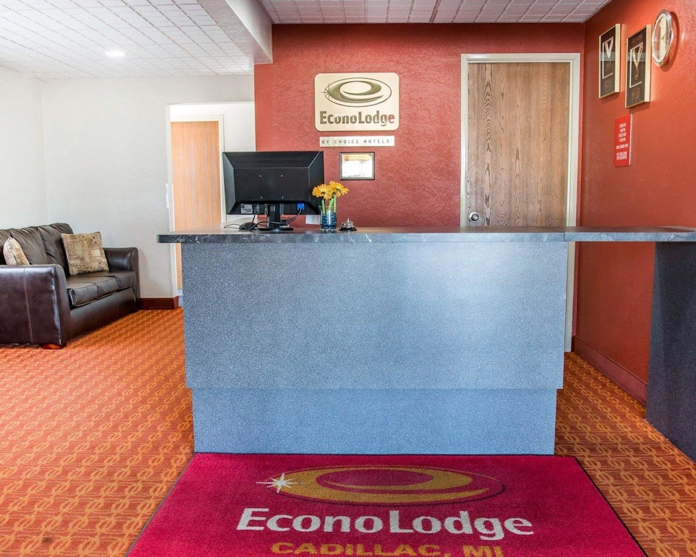 Book Econo Lodge in Cadillac | Hotels.com