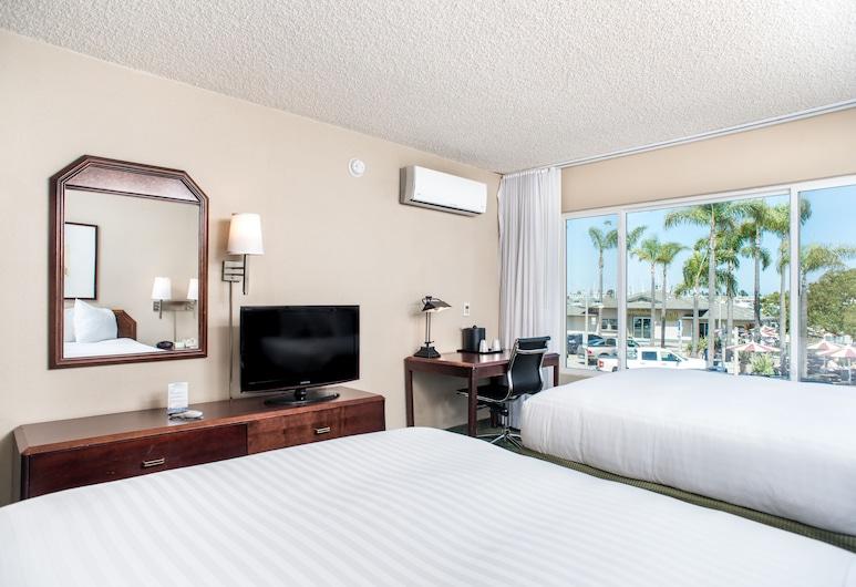 Vagabond Inn San Diego Airport Marina, San Diego, Premium Room, 2 Queen Beds, Guest Room