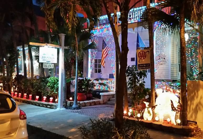 The Palms Hotel, Key West, Hotel Front – Evening/Night