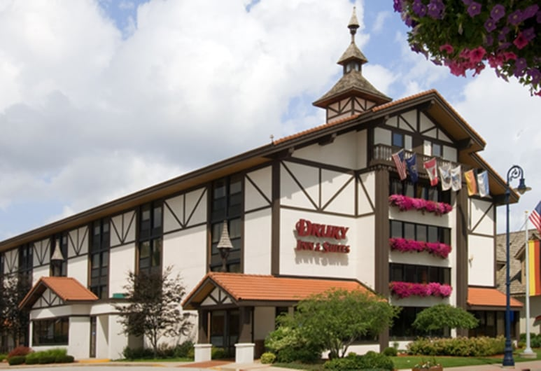 Drury Inn & Suites Frankenmuth, Frankenmuth, Hotel Entrance