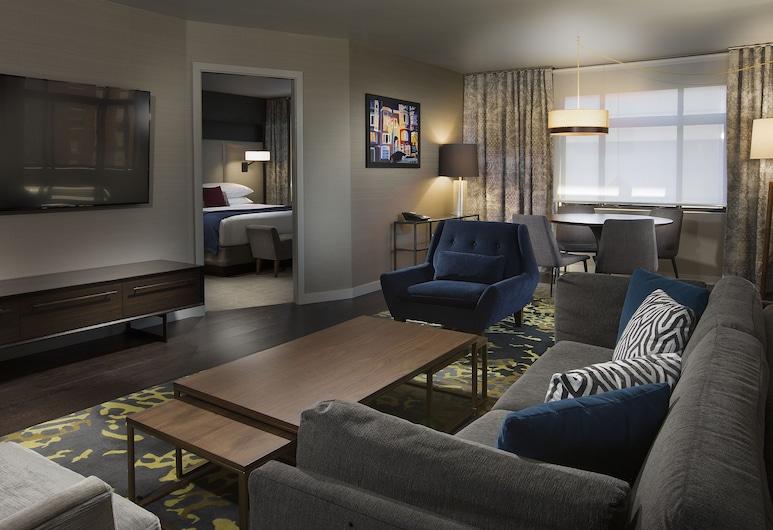 The Paramount Hotel, Seattle, Metropolitan Suite, Living Area