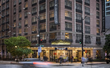 Picture of The Paramount Hotel in Seattle