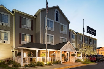 Picture of Country Inn & Suites by Radisson, Grand Rapids Airport, MI in Grand Rapids
