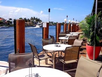 Picture of Sands Harbor Resort and Marina (No Resort Fee) in Pompano Beach