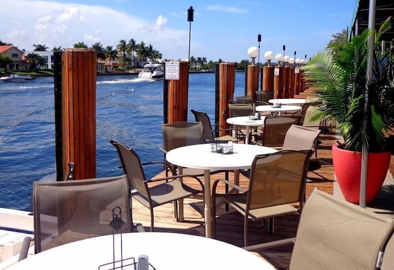 Sands Harbor Resort and Marina (No Resort Fee), Pompano Beach, Terrace/Patio