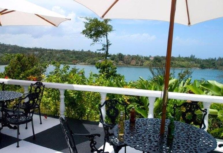 Jamaica Palace Hotel, Port Antonio, Taras/patio