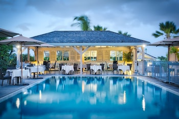 Enter your dates to get the Orient Bay hotel deal