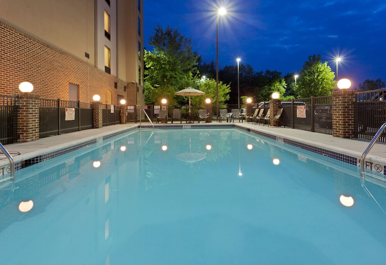 Holiday Inn Express Hotel & Suites Dover, דובר, בריכה