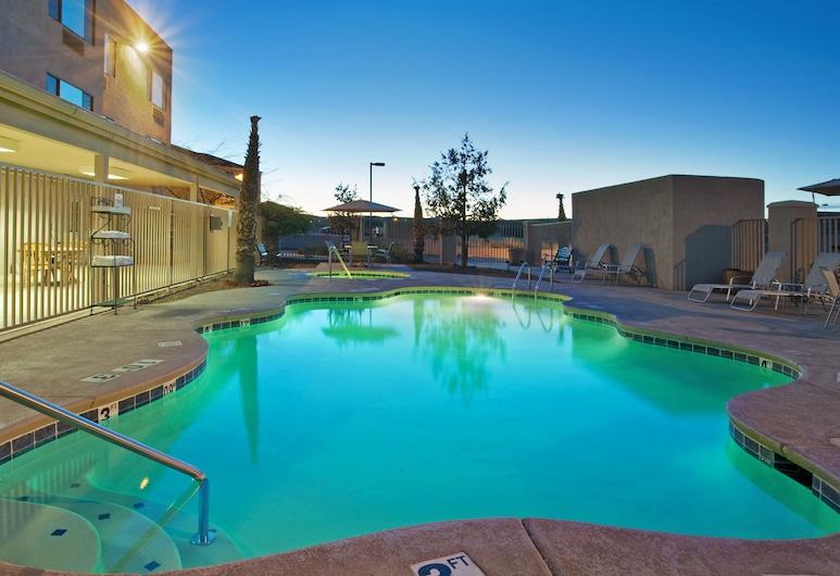 Holiday Inn Express & Suites Nogales, Nogales, Pool