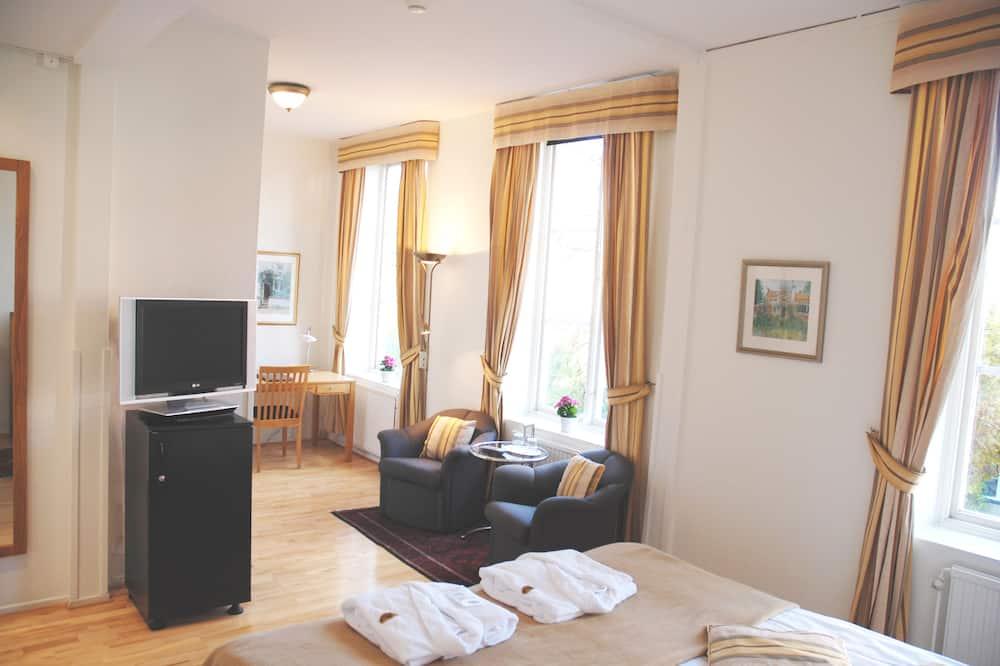 Habitación superior con 1 cama doble o 2 individuales, 1 habitación, baño privado - Zona de estar
