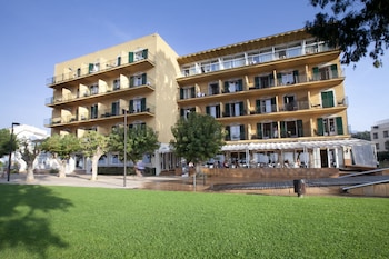 Picture of Hotel Prestige Coral Platja in Roses