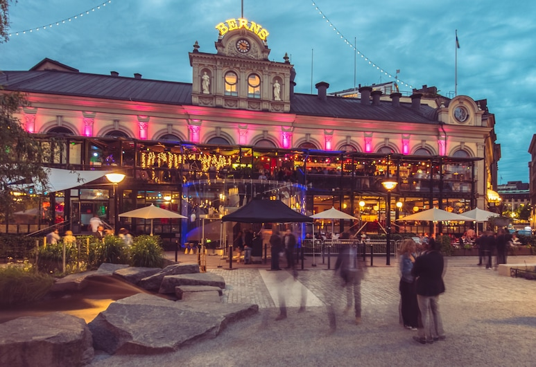 Berns, Historical Boutique Hotel & House of Entertainment since 1863, Stoccolma, Facciata hotel (sera/notte)