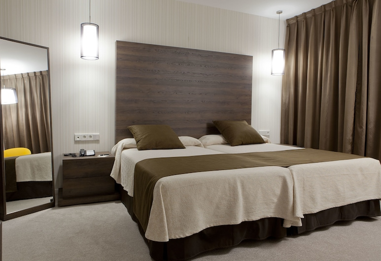 Hotel Liabeny, Madrid, Chambre Double Supérieure (2+1), Chambre