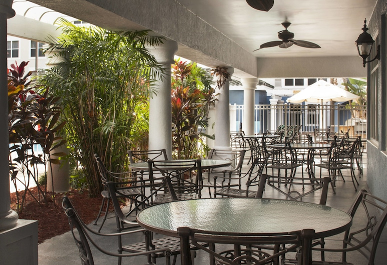 Residence Inn by Marriott Orlando Lake Buena Vista, Orlando, Terrace/Patio