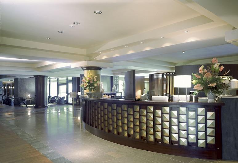 熱那亞碼頭 NH 典藏酒店, 吉那歐, 櫃台