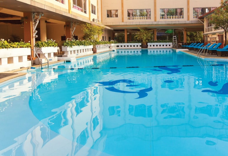 First Hotel, Ho Chi Minh City, Outdoor Pool