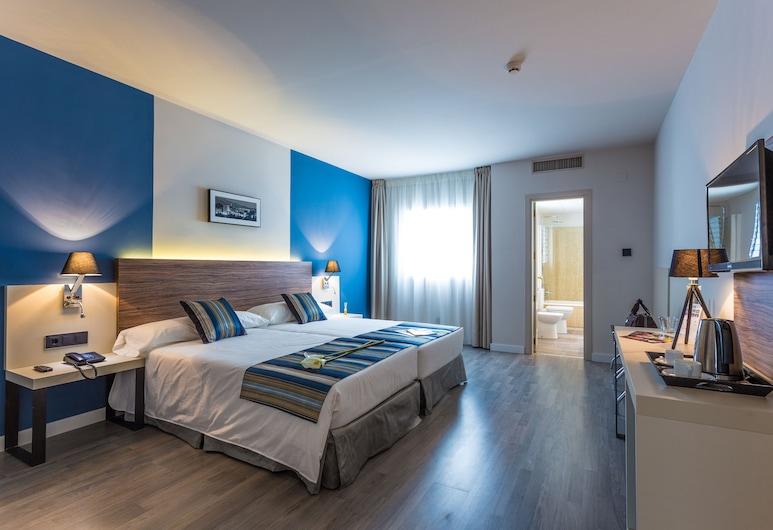 Urban Dream Granada Hotel, Granada, Superior-værelse, Værelse