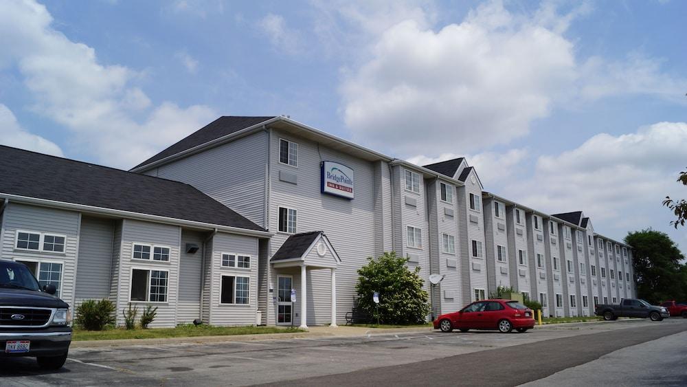 Toledo BridgePointe Inn & Suites, Northwood