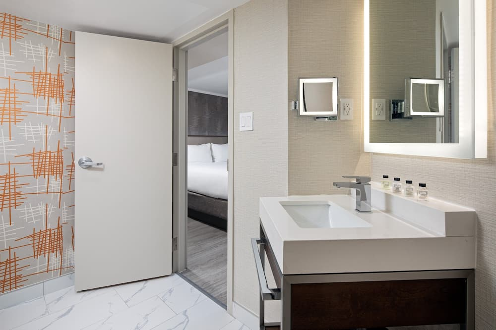 Suite, 1 cama King size (Newly Renovated) - Baño