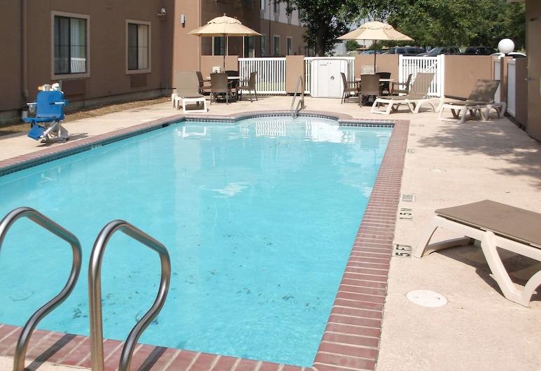 Comfort Inn & Suites, Seguin, Piscina