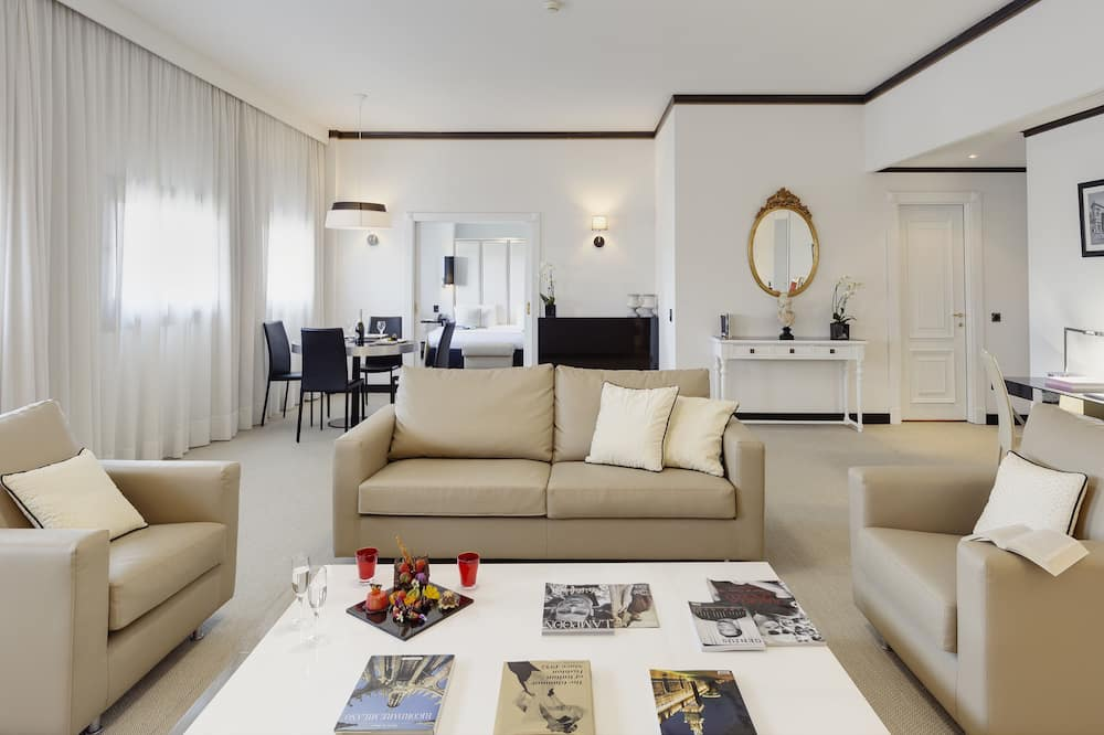 The Level Presidential Suite - Living Area